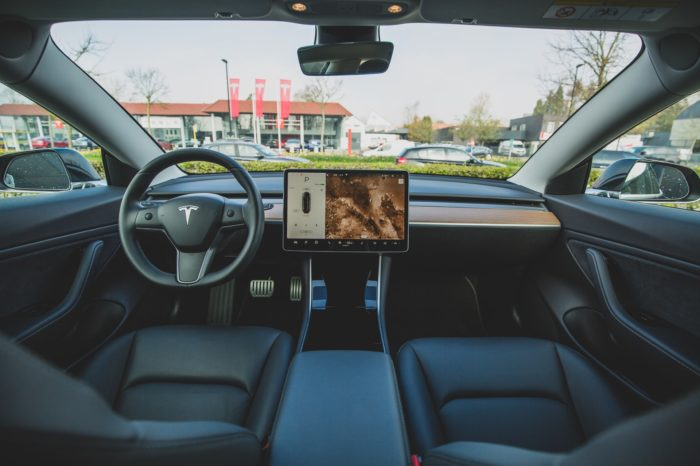 Week in Review: TNCs lose in NY, Tesla may license Autopilot, Karma eyes IPO
