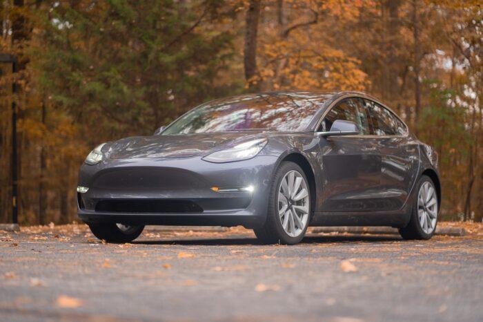 Week in Review: Tesla investigation, Arrival arrives & Dems squabble over infrastructure